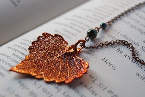 Гальваника превращает листья в украшения