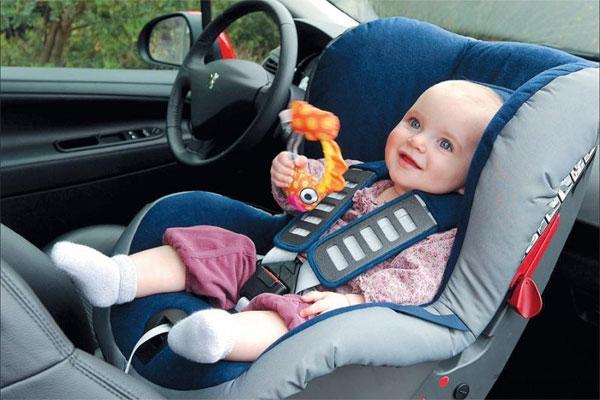 Детское автомобильное кресло - в аренду