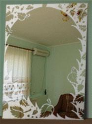 Декоративная обработка стекла с помощью уникальной пасты - применение на зеркале