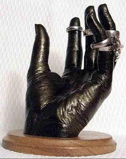 Подставка для колец и драгоценностей из 3D копии руки