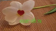 Голографические цветы