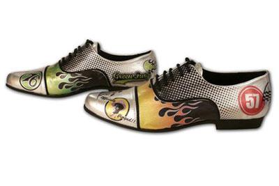 Цветная печать на туфлях