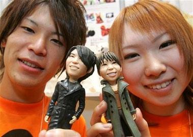 Молодые люди и их 3D модели