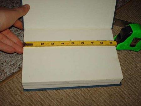 Отмеряем середину книги