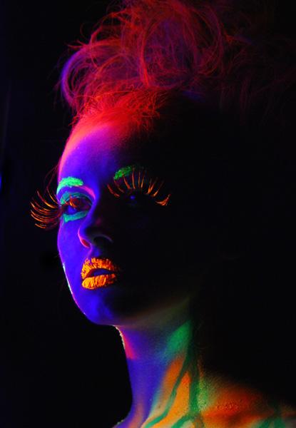 Флуоресцентная краска - эффект голограммы