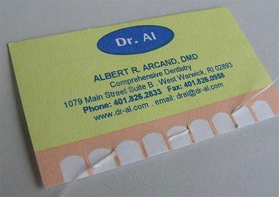Визитка дантиста с зубной нитью