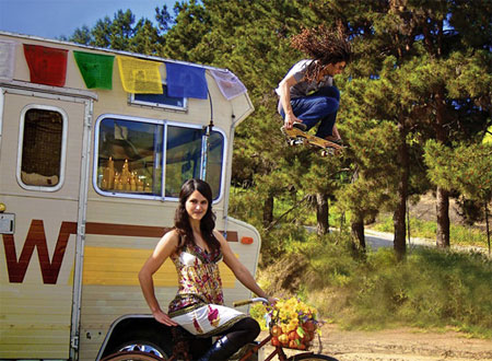 Дом на колесах молодой американской семьи из Калифорнии