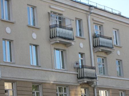 Съемная конструкция на балконе