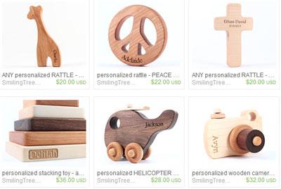 Подписанные деревянные игрушки