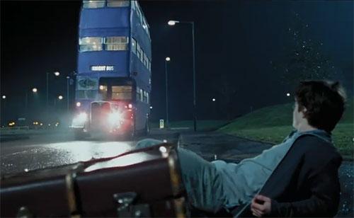 Автобус-гостиница Ночной рыцарь из Гарри Поттера