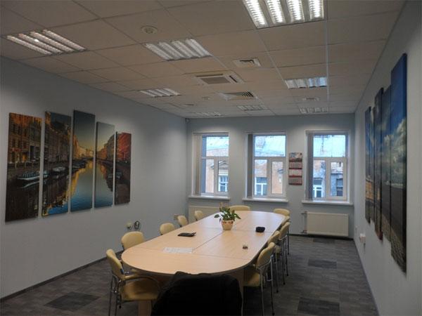 Картины и постеры для офиса