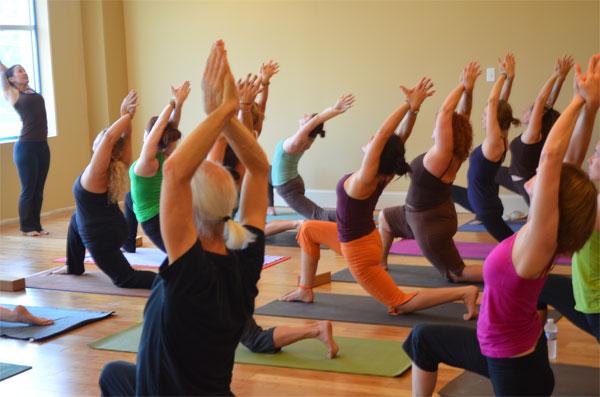Йога - массовое увлечение в наших городах