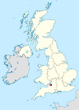 Изобретатель скручивающихся туфлей живет в Бристоле, Великобритания