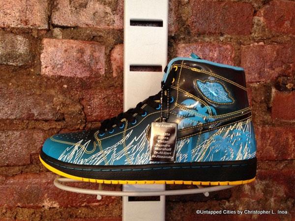 Дизайнерские кроссовки за несколько сотен долларов