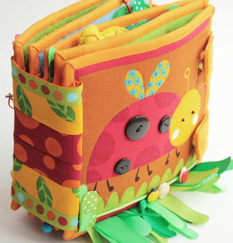 Развивающая мягкая книжка-игрушка для детей