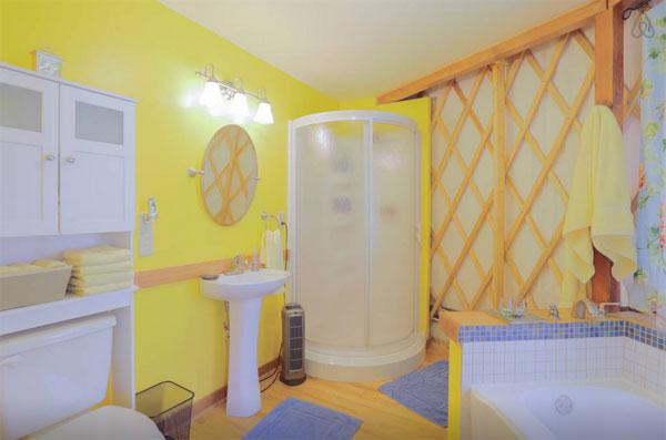 Ванная комната в юрте