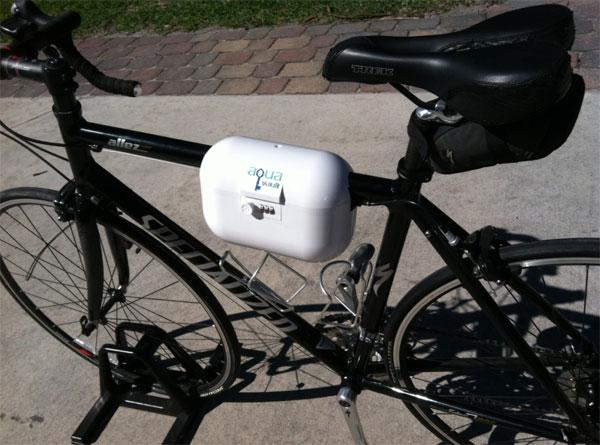 Сумка-сейф на велосипеде
