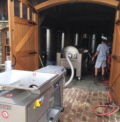 Оборудование для производства вина из винограда