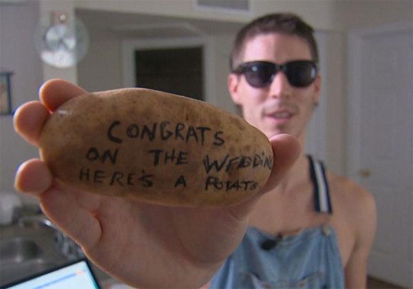 Картошка с посланием
