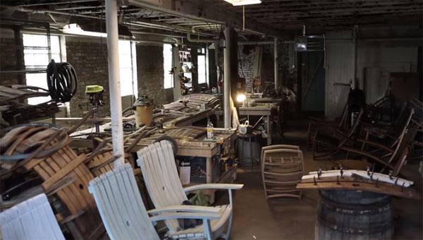 Мастерская по производству мебели из бочек