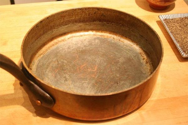 Старая сковорода