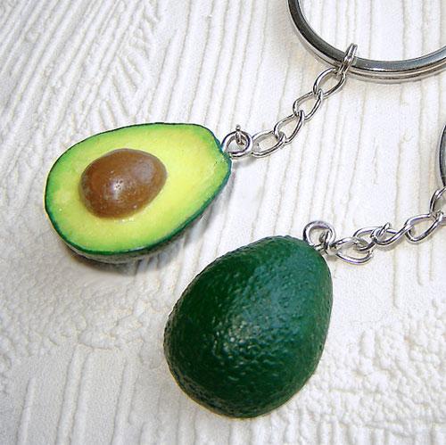 Брелок с авокадо