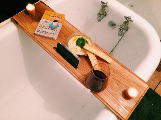 Современная доска для ванной