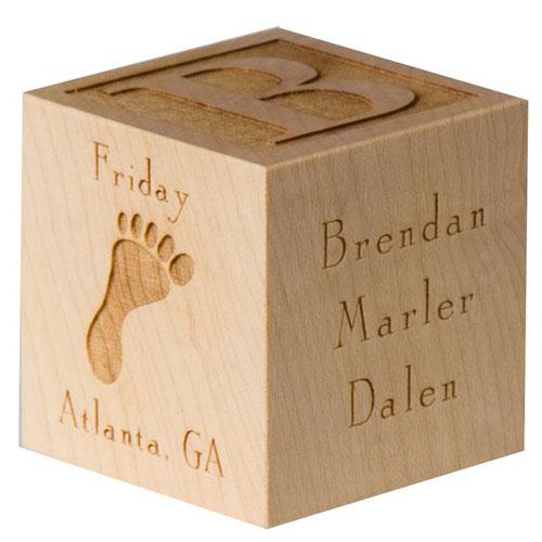 Деревянный кубик на рождение и крещение ребенка