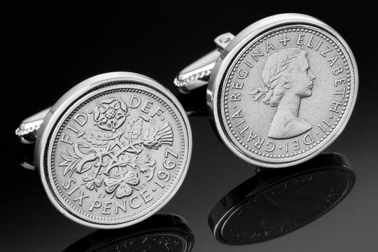 Подарочные запонки из монет