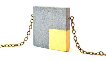 Украшение из бетона