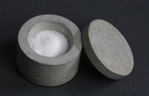 Бетонная солонка