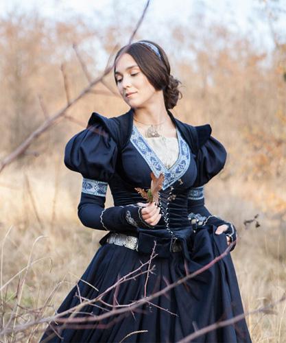 Средневековая одежда