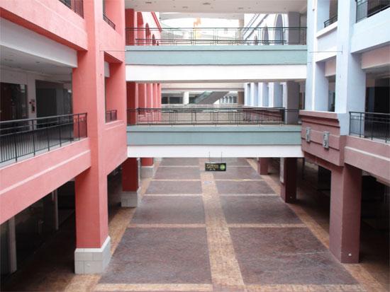 Квартиры в торговом центре