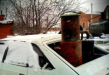 Автомобиль на дровах