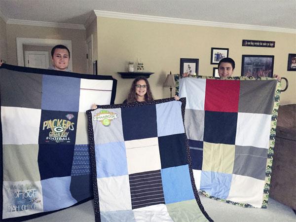 Лоскутное одеяло из одежды умершего человека