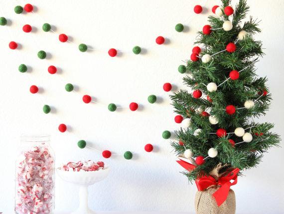 Цветные гирлядны для украшения новогодней елки