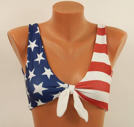 Бикини с американским флагом
