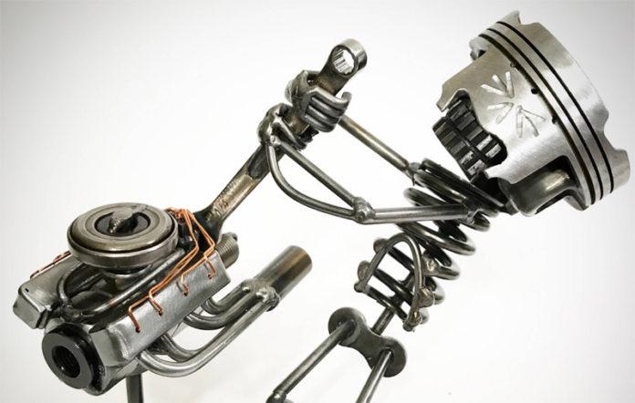 Железные фигурки из деталей автохлама