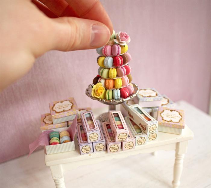 Пирожные для кукольного домика