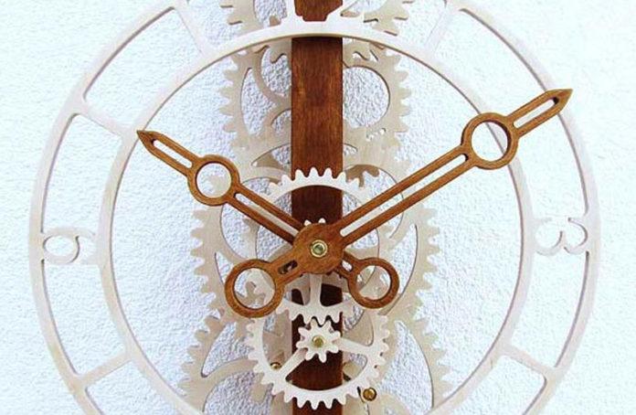 Наборы для сборки деревянных часов