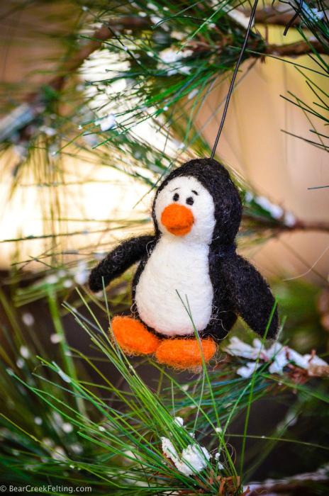 Пингвин из шерсти