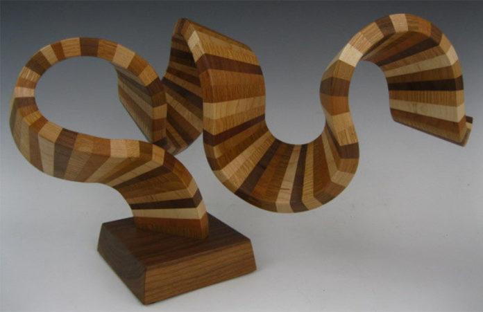 Абстрактные деревянные скульптуры