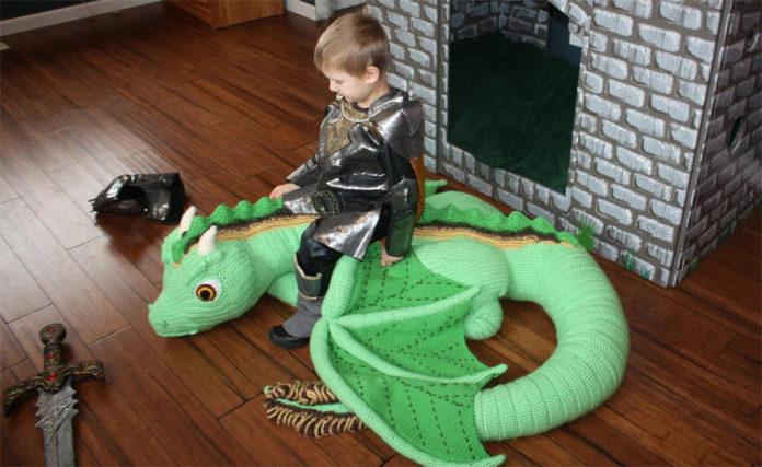 Как заработать на Etsy, продавая схемы вязаных драконов
