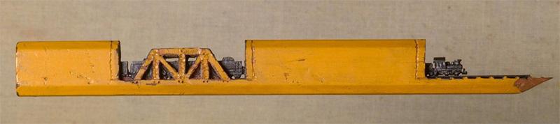 Поезд из грифеля карандаша