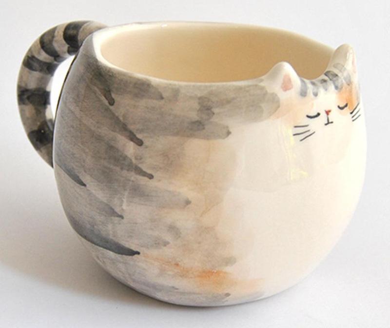Кружки с мордой кошки