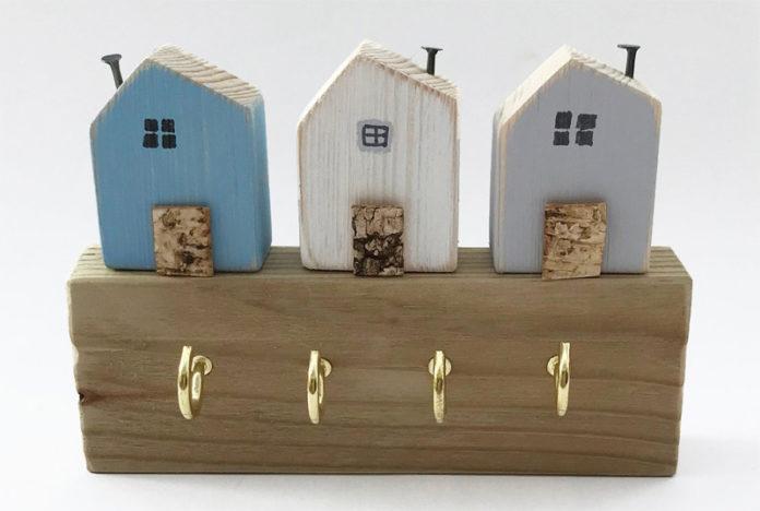 Ключницы с домиками