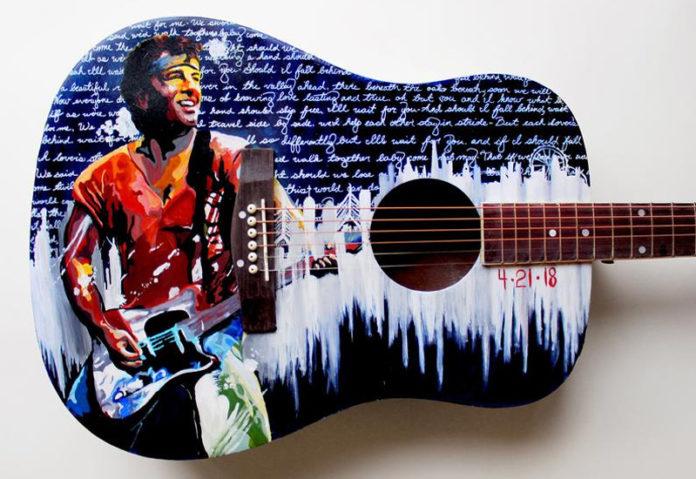 Расписная гитара