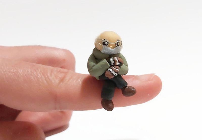 Берни Сандерс из полимерной глины