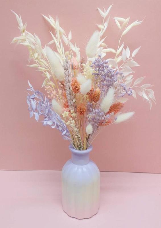 Ваза для засушенных цветов