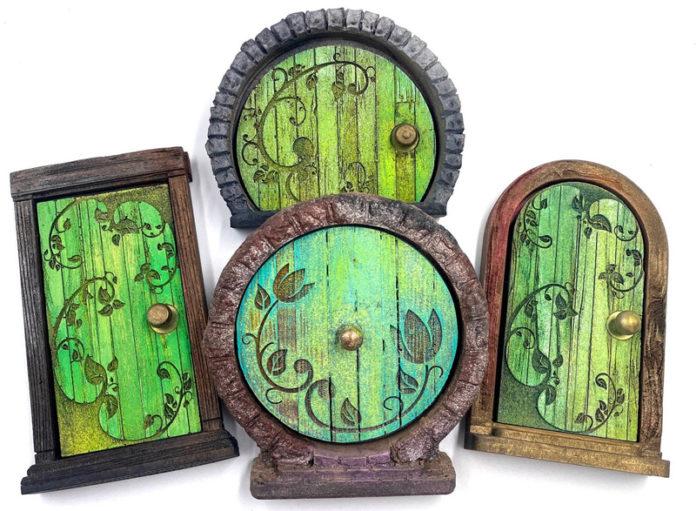 Миниатюрные волшебные двери